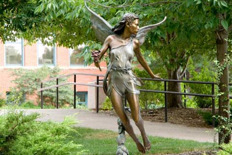 Beautiful design outdoor Bronze Angel Sculpture for Garden & Yard Decor