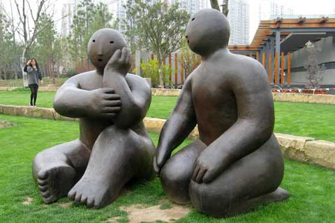 Garden design outdoor Decorative Bronze Abstract Figures Sculpture on Sale