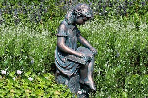 Outdoor famous Sculptures Metal Crafts Life Size Bronze Sculpture for Garden