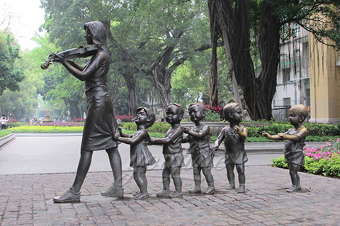 Street design outdoor Art Decorative Sculptures with Some Children in Antique Bronze