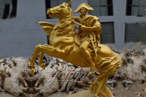 Napoleon-riding-horse-statue