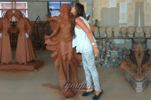 bronze statue for decor