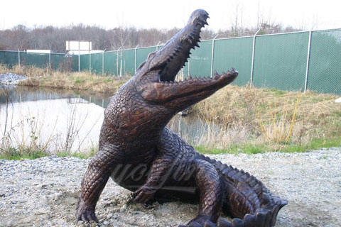 BOK-213 Cheap Bronze Animal Crocodile Garden Statue Metal Alligator Sculpture on Sale